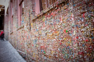seattle_gumwall_00